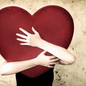 Што му се случува на мозокот кога се заљубуваме?