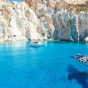 Најубавиот остров за 2019-та година се наоѓа во Грција, а туристите допрва ќе дознаат за него