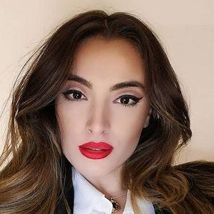 """Екс водителката на """"Ексклузив"""", Николина Славковска покажа како изгледа без шминка"""