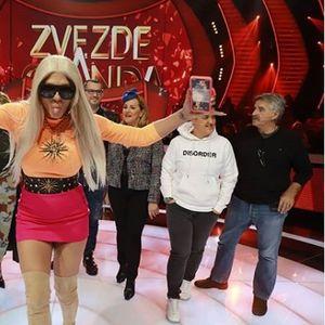 """Карлеуша направи хаос во студиото на """"Ѕвездите на Гранд"""": Се дерела, навредувала, станала и без збор си заминала среде снимање, а Поповиќ полудел!"""