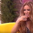 """Ана Николиќ во """"Амиџи шоу"""" проговори за најтешките моменти: """"Бев на дното"""", па откри дали повторно ќе заплива во брачните води"""