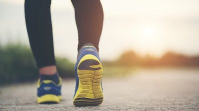 """Зошто пешачењето е """"закон"""" за слабеење?"""