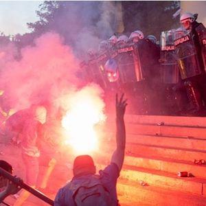 """Филип Живојиновиќ жестоко ги нападна хулиганските испади во Белград: """"Што ви значи ова уривање и палење, освен мамлаз сум и не знам што со себе""""?"""