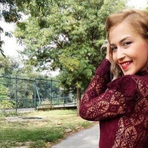 Бебето само што не пристигнало: Анастасија Богдановска покажа како изгледа во 9-от месец од бременоста