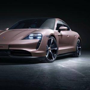 Porsche lansirao lakši i jeftiniji Taycan