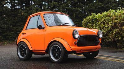 """""""Kratka"""" verzija Morris Minija 1000 se prodaje na aukciji"""