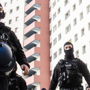 Мащабна полицейска акция в Берлин след забрана на салафитска група