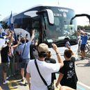 Бергамо ги пречека фудбалерите на Аталанта како да ја освоиле ЛШ (ВИДЕО)