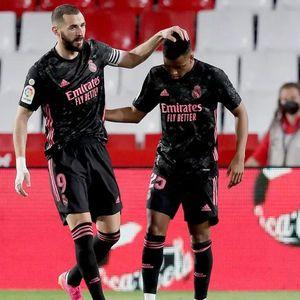 Убедлива победа на Реал Мадрид, кралевите ја сочуваа надежта за титулата
