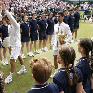 Federer objasnio ko je bolji: on ili Đoković!