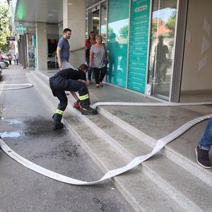 U ulici Cara Dušana izbio manji požar koji je odmah lokalizovan!