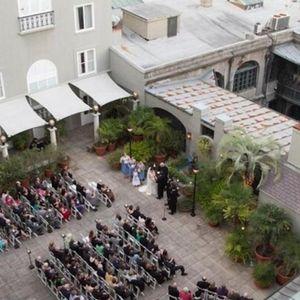 Kad su videli sablasan prizor na slikama, presela im je kompletna svadba!