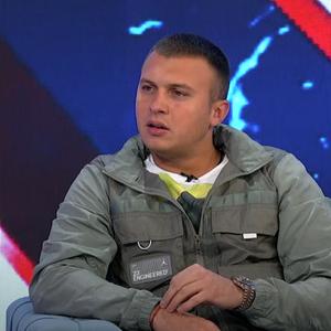 Oglasio se Stefan Karić, pa isprozivao ovog zadrugara, gore društvene mreže! (FOTO/VIDEO)