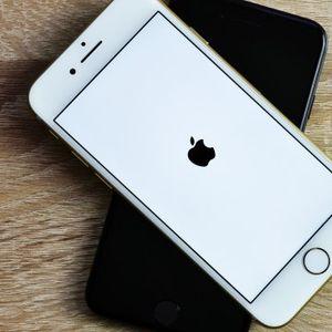 "200 telefona za sat vremena: Robot Daisy je prava ""smrt za iPhone"" VIDEO"