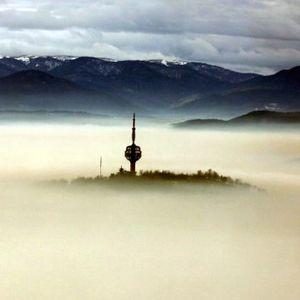 Sarajevo pojeli smog i magla; svi letovi otkazani FOTO/VIDEO
