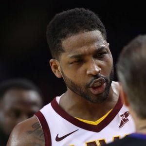 Nestvarna scena u NBA: Potapšao igrača po zadnjici, pa dobio isključenje