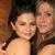 Održale lekciju iz mode: Dženifer Aniston i Selena Gomez u zavodljivom izdanju