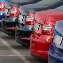 HR: Prepolovljena prodaja novih automobila u prvih šest meseci