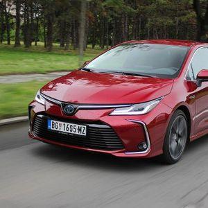Test: Toyota Corolla 1.8 Hybrid Executive – vreme sporta i razonode