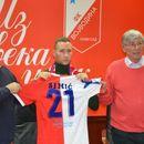 Veljko Simić potpisao za Vojvodinu