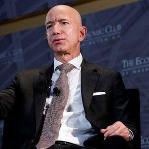 Како најбогатиот човек во светот го изгради Амазон?