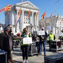 Организаторите на настани ги ставија протестите во мирување, викендов одат на средба со Битиќи