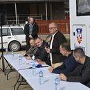 Pokretna kancelarija Gorana Vesića danas sa meštanima Mladenovca
