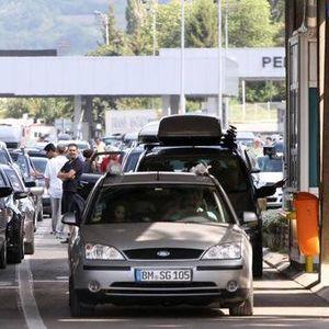 Srbiji 40 miliona dolara ZAJMA da smanji GUŽVE na granici