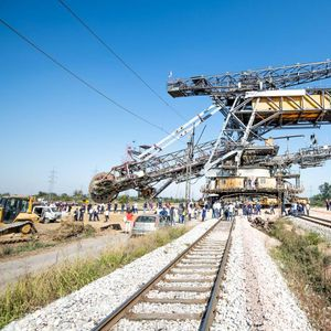 Kolos prešao prugu, EPS nastavlјa investicije