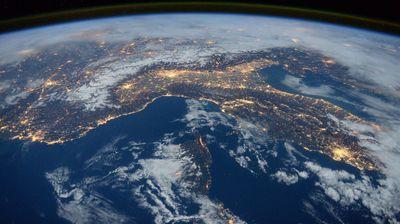 ESA daje 86 mil. EUR za vraćanje otpada iz svemira