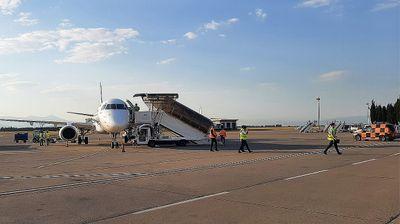 PRVI LET: Avion Er Montenegra sleteo u Beograd