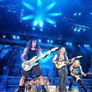 Roditelji traže SMENU DIREKTORKE škole jer sluša Iron Maiden