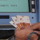 """Дали новата минимална плата ќе го формализира плаќањето во """"плико""""?"""
