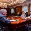 Средба на премиерот Заев со претставници на Советот на амбасадори: Државата е на правиот пат, поздравени се политиките на Владата и договорена е активна соработка