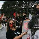 Полицаец пукал во воздух за да ги смири коњаниците од Скопје кои се тепале со крушевчанец