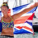 На 21 година, жена со весла го премина Атлантскиот океан