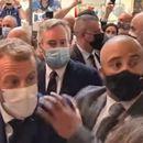 (ВИДЕО) Францускиот претседател погоден со јајце