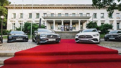 Силвър Стар представи компактния Mercedes-Benz С-класа с дигитален навигатор и ИИ
