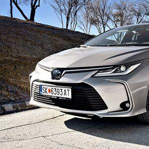 ТЕСТ: Toyota Corolla Sedan 1.8 Hybrid Executive Plus – Toyota го трасираше патот, сега ужива во водството