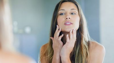 Како правилно да ја подготвите кожата за сончевите денови?