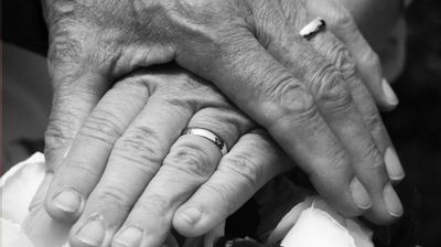 """Како го научив маж ми да ми кажува """"Те сакам"""""""