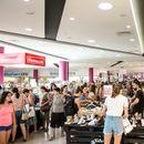 Шопинг лудило во Рамстор Мол како никогаш до сега