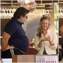 Расел Кроу видно здебелен разговара со пријателка со рацете во панталони (фото)