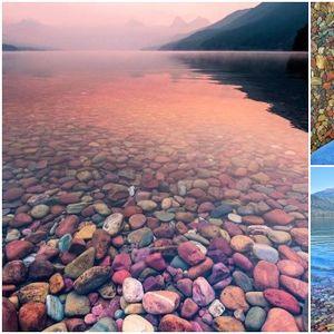 Извонредна глетка на шарените камчиња во езерото Мекдоналд