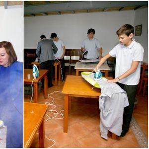 """""""Чистењето не е само женска обврска"""" – машките ученици во Шпанија учат како да извршуваат домашни обврски"""
