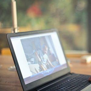 Za bezbednost svoje dece na internetu zabrinuto 84 odsto roditelja