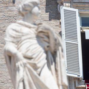 Papa pozvao vernike da izbegavaju pesimizam u eri korona virusa