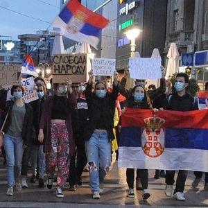 Protesti u Srbiji: Šestog dana mirno, znatno manje ljudi nego u početku