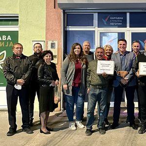 Privedeni aktivisti i članovi Narodne stranke u Negotinu