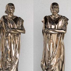 Nova skulptura Marije Kalas izazvala kritike i podsmeh među Grcima